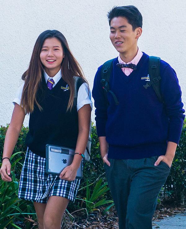 junior golf academy student